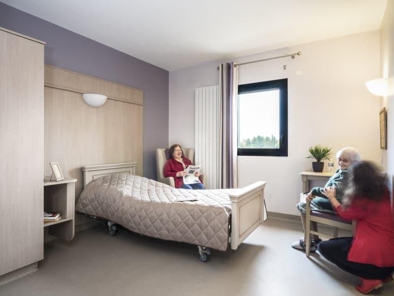 Maison De Retraite Saint Denis De L Hotel