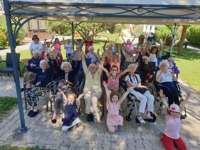 Orpea Les Mimosas fête musique enfants