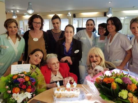 Orpea Les Mimosas mai 2019 - les 102 ans d'un résidente