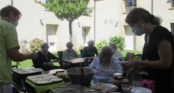Orpea Les Rives Saint Nicolas crêpes