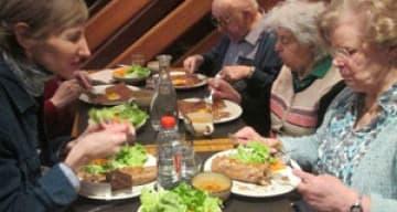Orpea Les Rives Saint Nicolas sortie repas