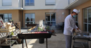 Orpea La Demoiselle barbecue
