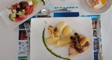 Orpea Le Clos d'Aliénor repas grec