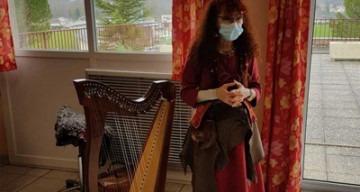 Orpea Les Pivoines harpe celtique