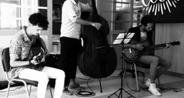 Orpea L'Emeraude trio latcho swing