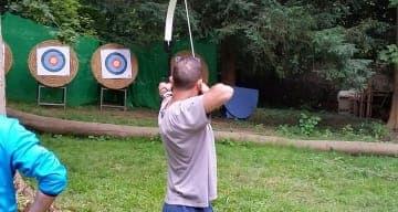 Tir à l'arc comme activité thérapeutique à la clinique CLINEA d'Andilly