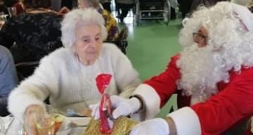 Noel des familles à la maison de retraite ORPEA La Talaudiere